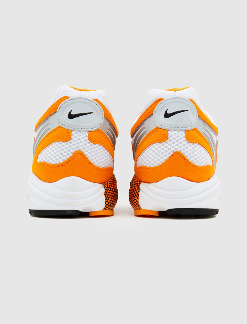 nike-air-ghost-racer-orange-4