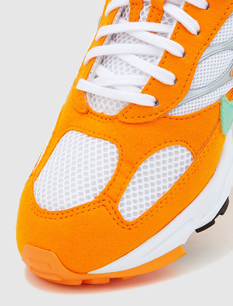 nike-air-ghost-racer-orange-6