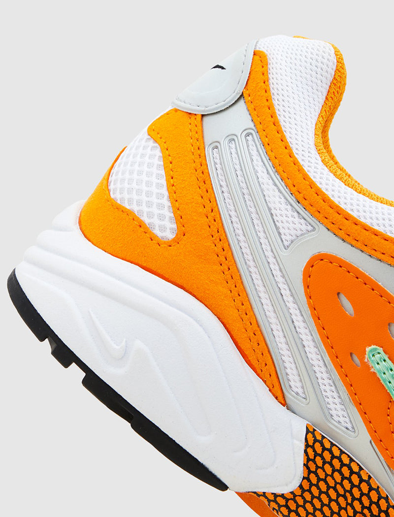 nike-air-ghost-racer-orange-7