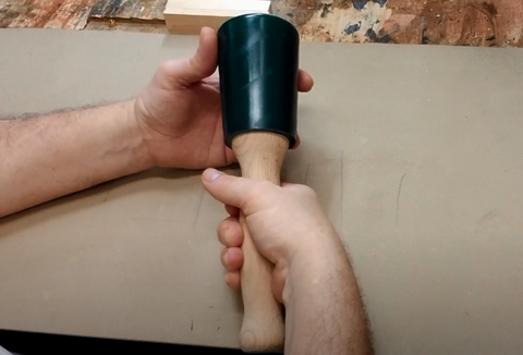 How to hold a mallet for woodcarving beginner tutorial schaaf tools