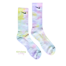 Load image into Gallery viewer, Tie-Dye Socks