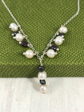 Load image into Gallery viewer, White and Peacock Pearl Necklace