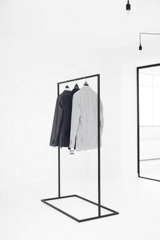 Clothes Rack // Sort
