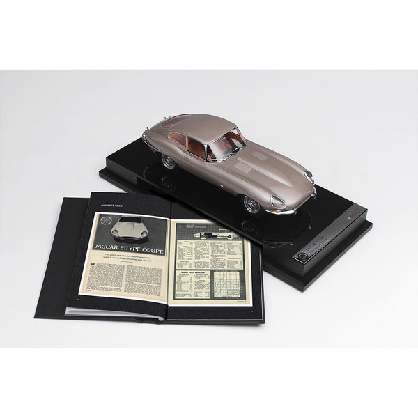 Jaguar E-Type Coupe - Road & Track 1:18 Scale