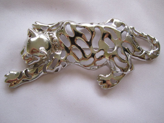 Vintage Pin, Huge Silvertone Lion