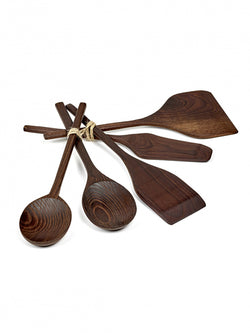 Kitchen tools in pure wood