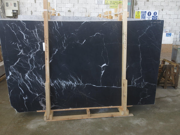 Black Silk #L9994 Honed - Altura Stone and Tile