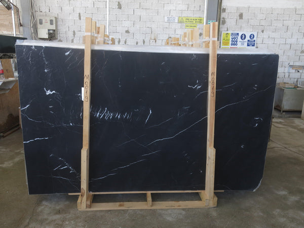 Black Silk #M0019 Polished - Altura Stone and Tile