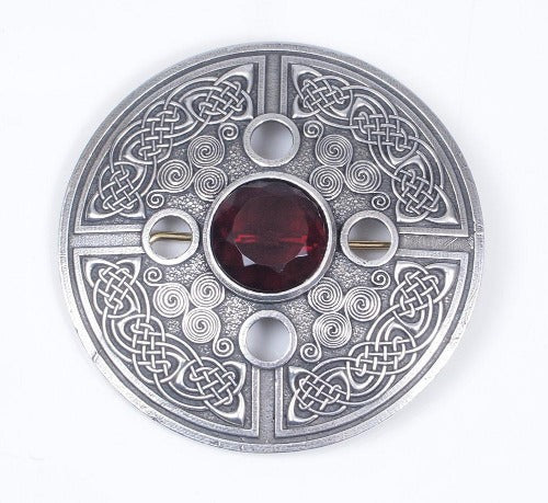 Celtic Spiral plaid brooch case in lead free pewter.  Selection of center stone colors available.  Made in Scotland.  Scottish Treasures Celtic Corner