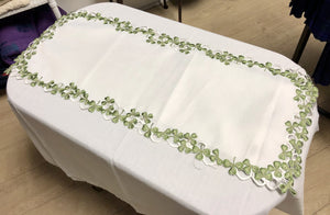Shamrock Table Runner - Celtic Corner / Scottish Treasures