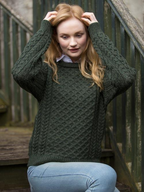 Aran crewneck sweater in army green