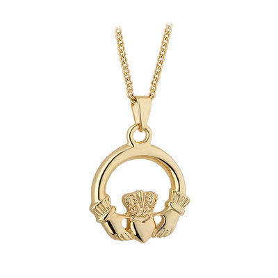 Gold plated claddagh pendant