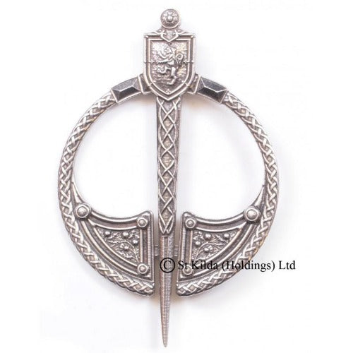 "Plaid Brooch ""Lion"" Penannular - Celtic Corner / Scottish Treasures"