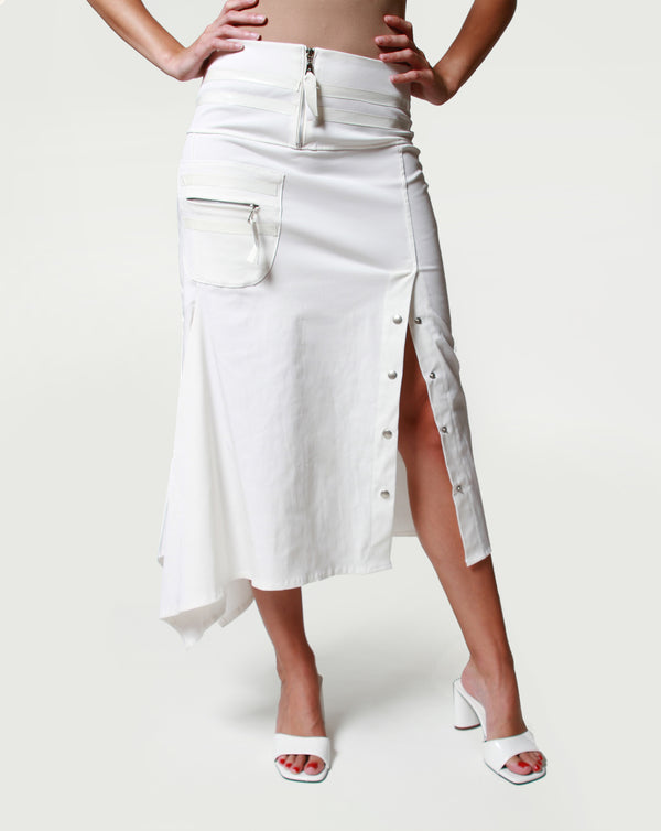 asymmetric skirt with side slit