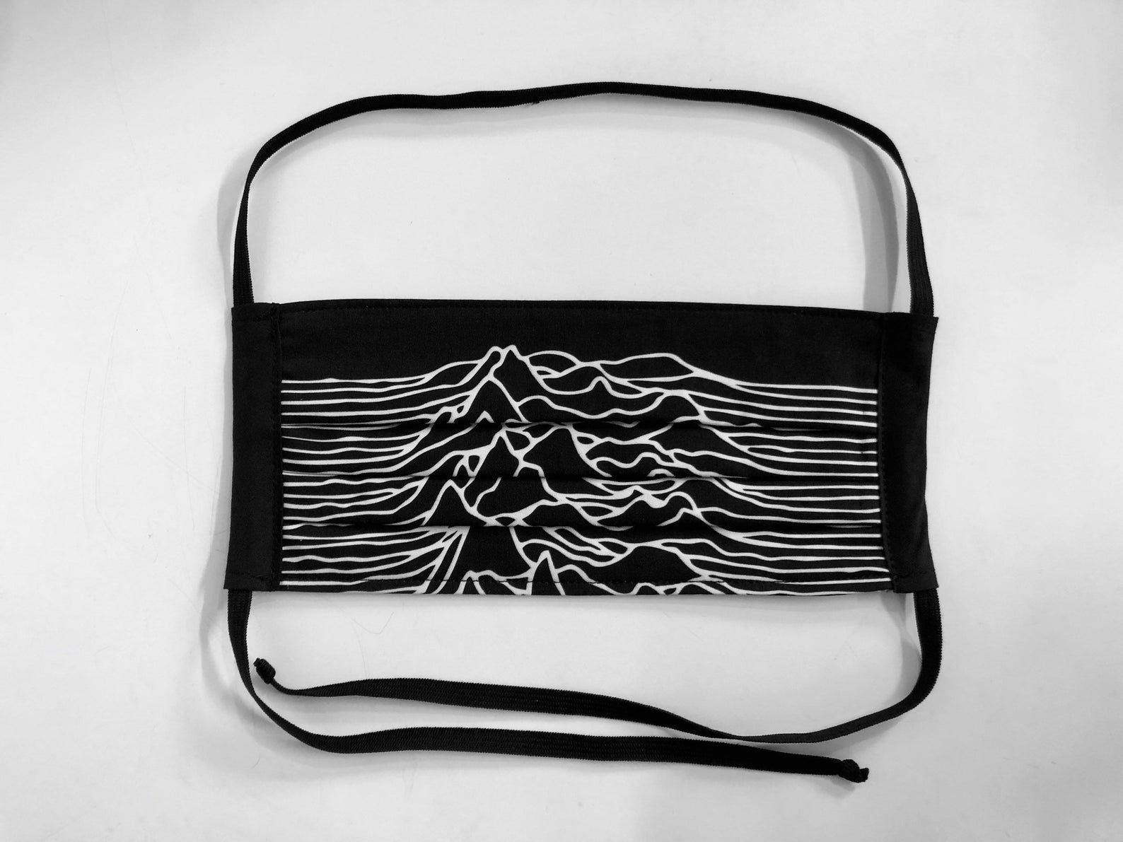 unknown pleasures - pleated face mask // face covering - 2 cotton layers - joy division