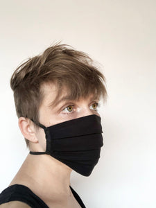 the essential little black mask - pleated face mask // face covering - 2 cotton layers - solid black - washable - back to basics