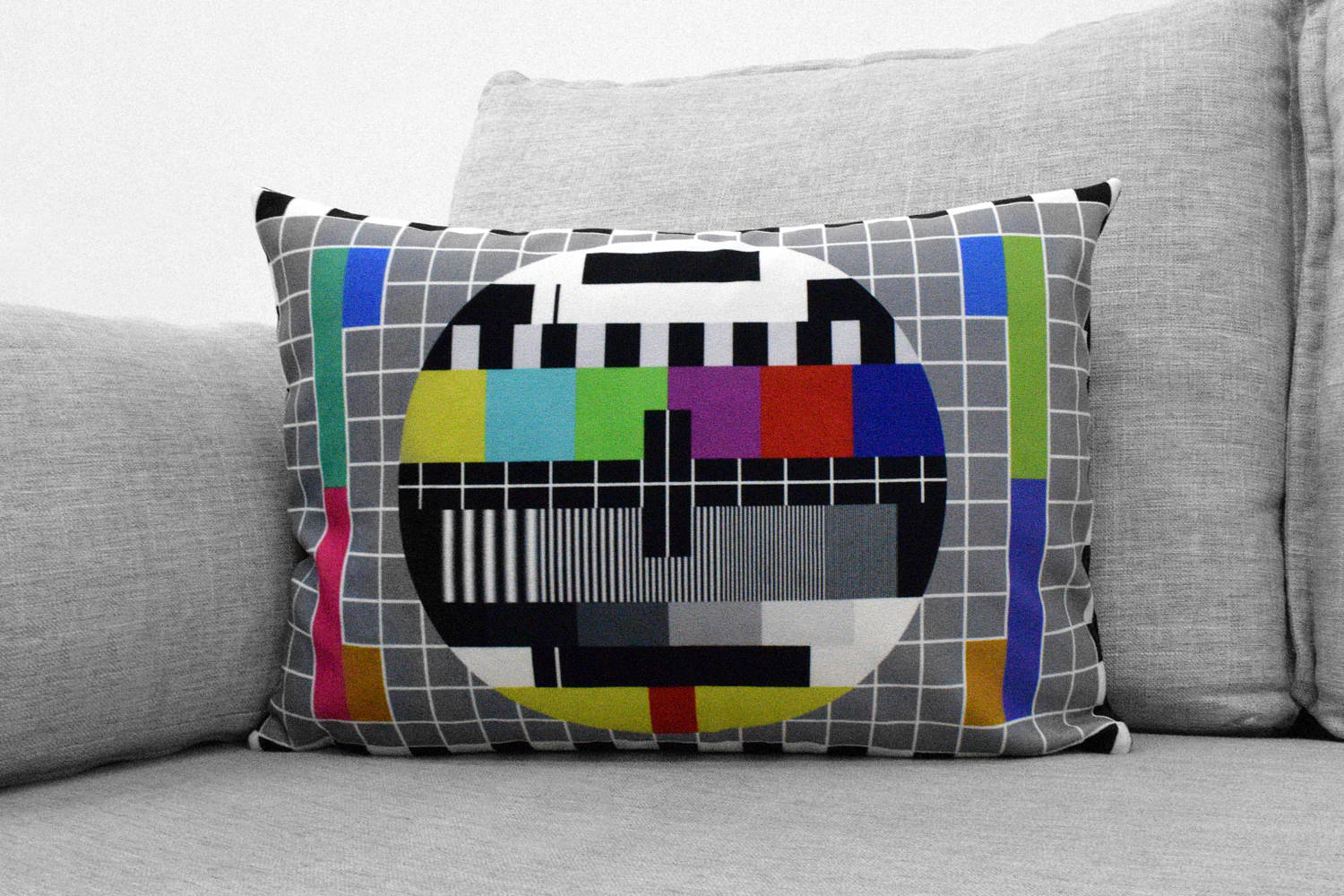 "PM5544 - 14"" x 20"" velveteen pillow case - television common PAL test pattern"