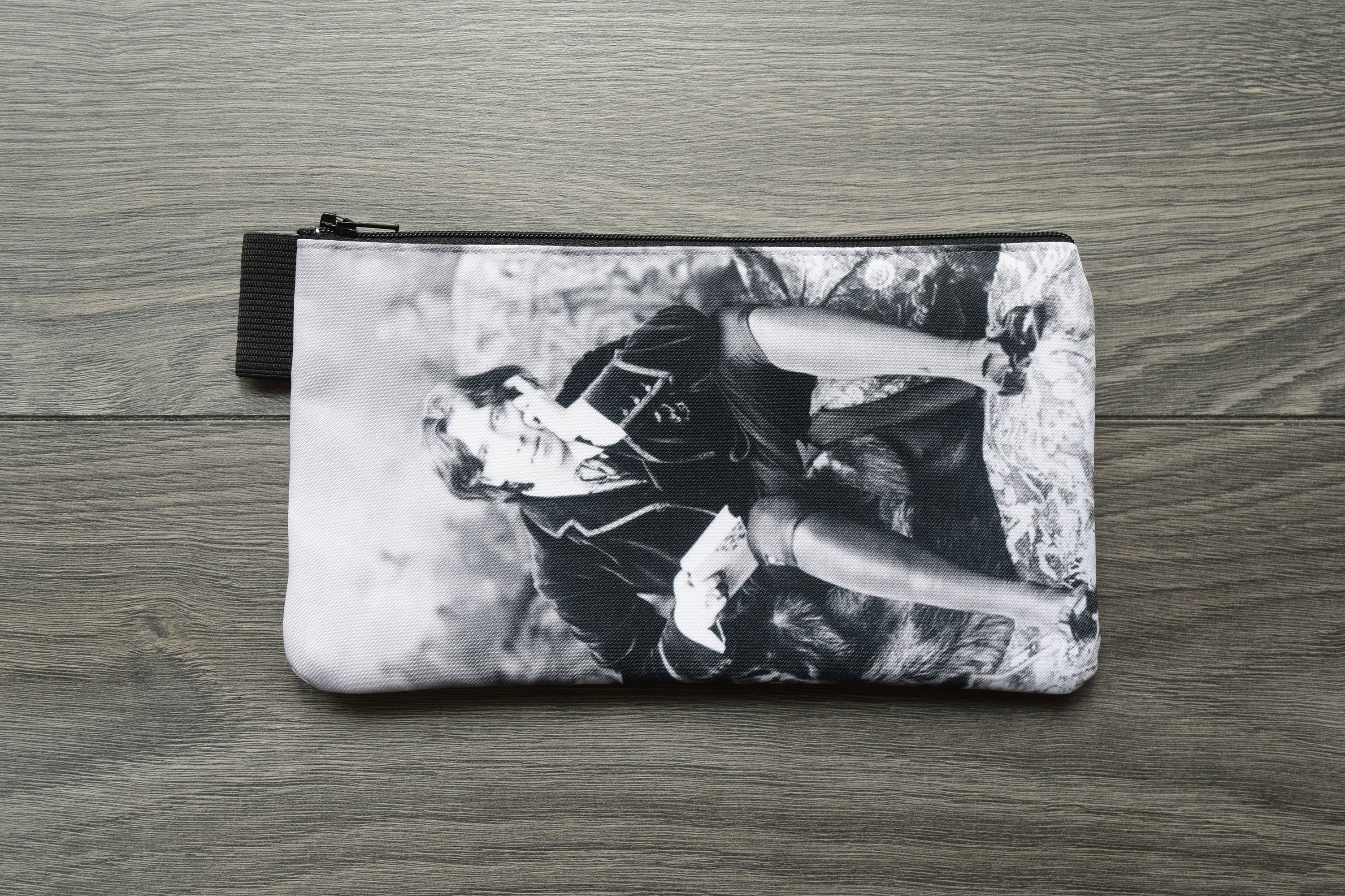oscar wilde - playwright - lined twill pencil case - vintage portrait