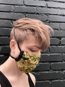 floral print - pleated face mask // face covering - 2 cotton layers - reusable // washable -  encyclopedia edition - garden flowers