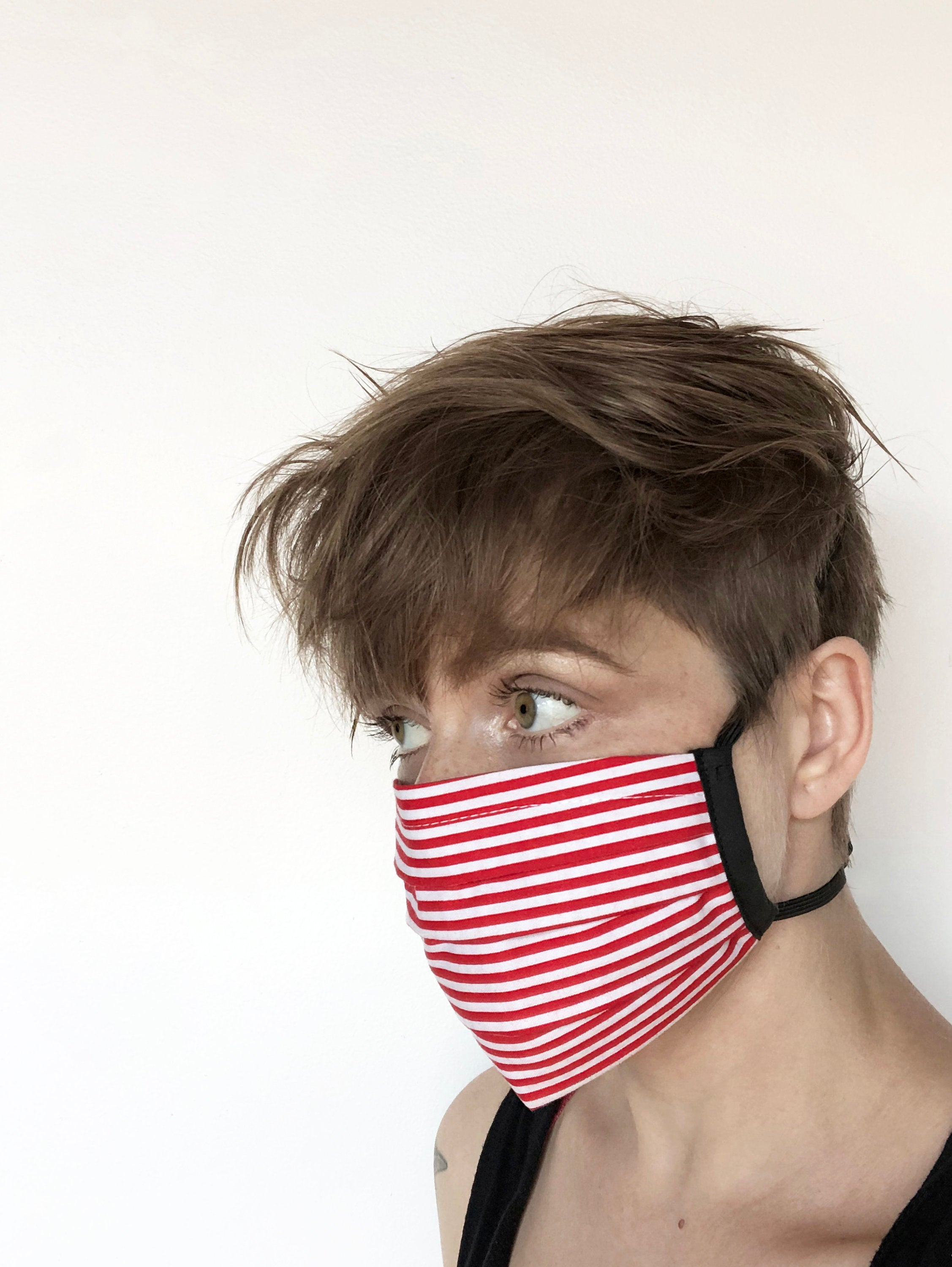 red and white stripes - pleated face mask // face covering - 2 cotton layers - washable // reusable - candy cane