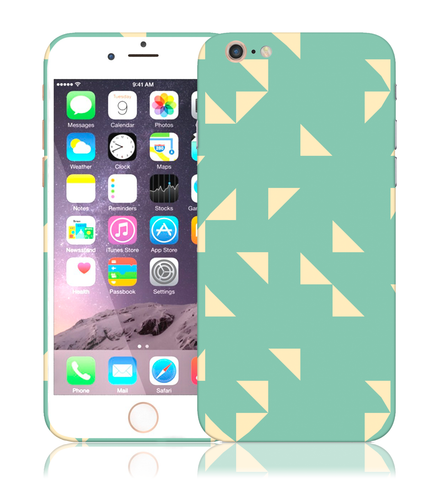 Minty Maze Design Phone Case