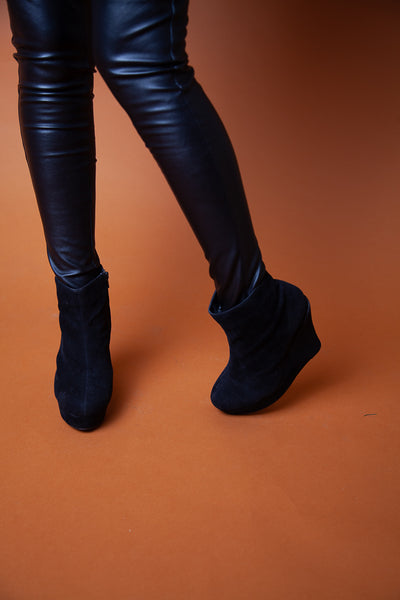All-Black Chunky Boots