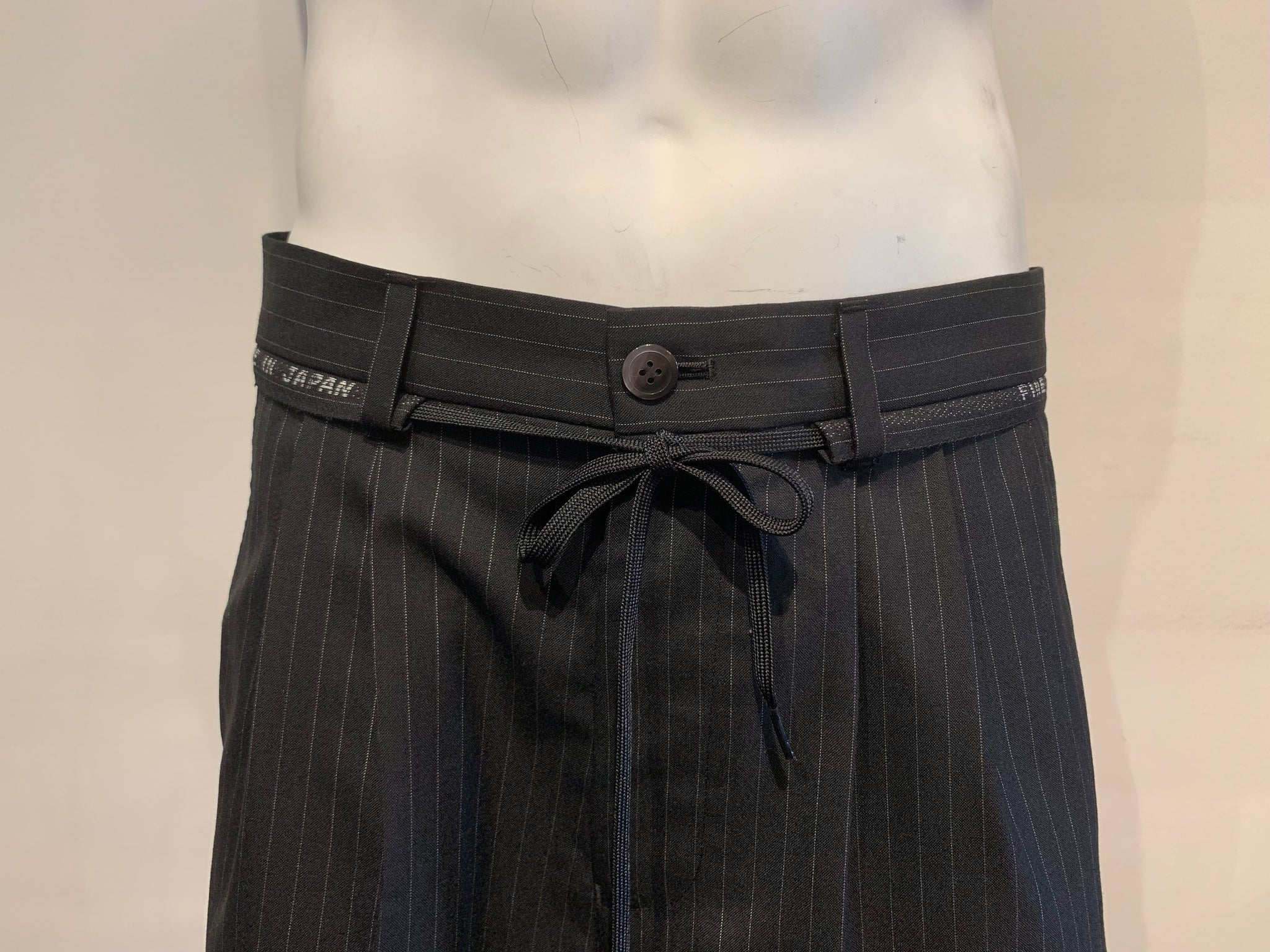 Wool Suit Shorts Black