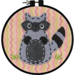 Dimensions/Learn-A-Craft Felt Applique Kit 6'' Round Raccoon