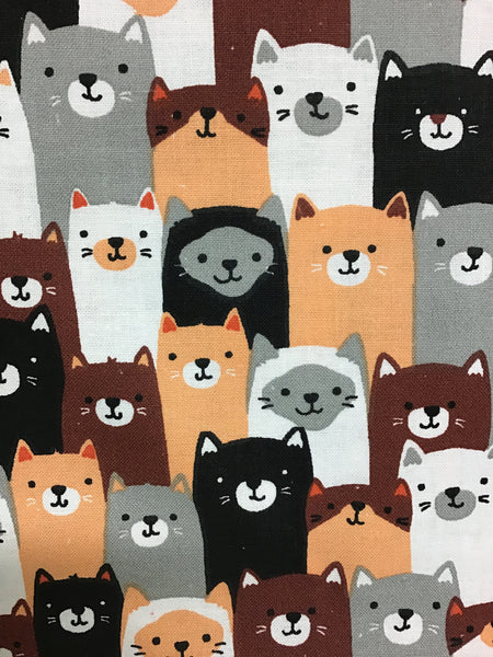 FABRIC CREATIONS 42″ Cotton Fabric  - Multi Cat Friends  - Sold per inch