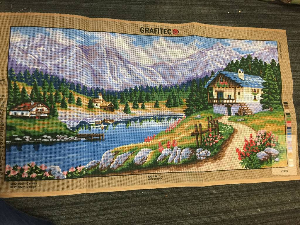 Mountain Chalet Tapestry 13.980