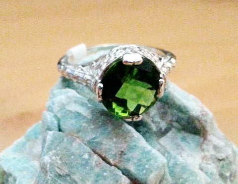 2ct Estate Peridot Ring