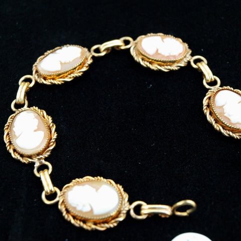 Vintage Cameo and Gold Bracelet