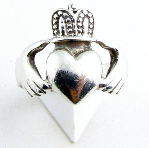 Vintage Sterling Claddagh Ring - Size 10.5