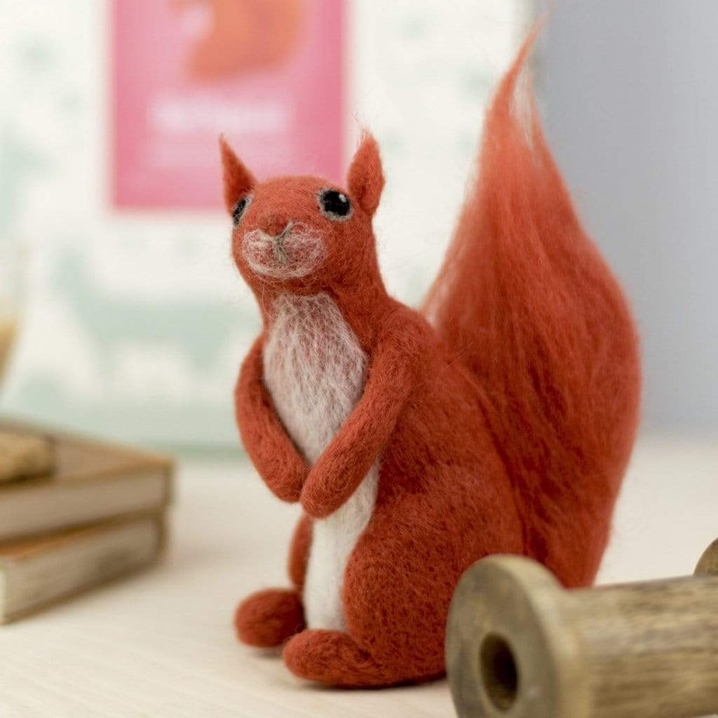 Hawthorn Handmade Felting Hawthorn Handmade Red Squirrel Needle Felting Kit