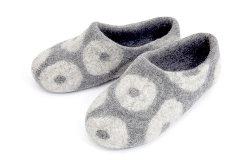 Donut Slipper - Grey