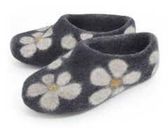 Flower Slipper - White