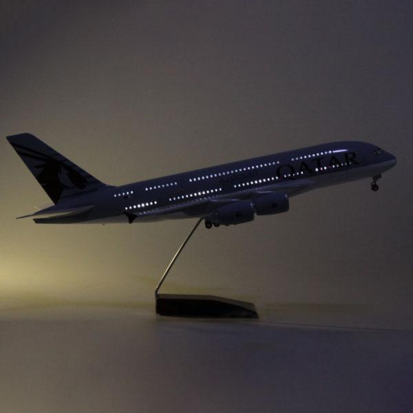 Upgrade with LED | Model Commercial Airplanes Airbus A380 | Qatar Airways