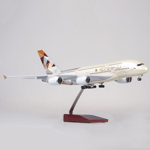Airbus A380 Model Airplane | Etihad Airways