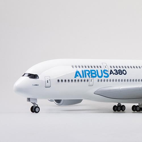 Airbus A380 Model Airplane Replica Scale Toy AIrplane