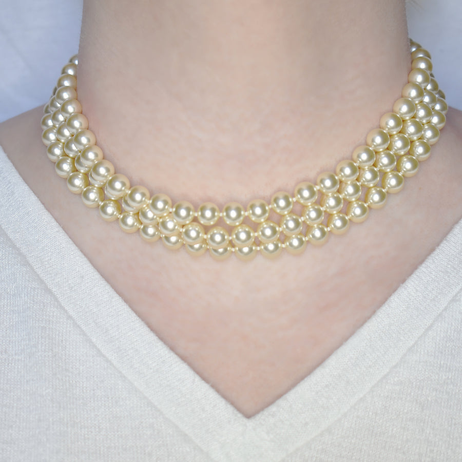 Mallorca Pearl Necklace | 3 layered Strands | 8mm small off-white pearls | 1 piece