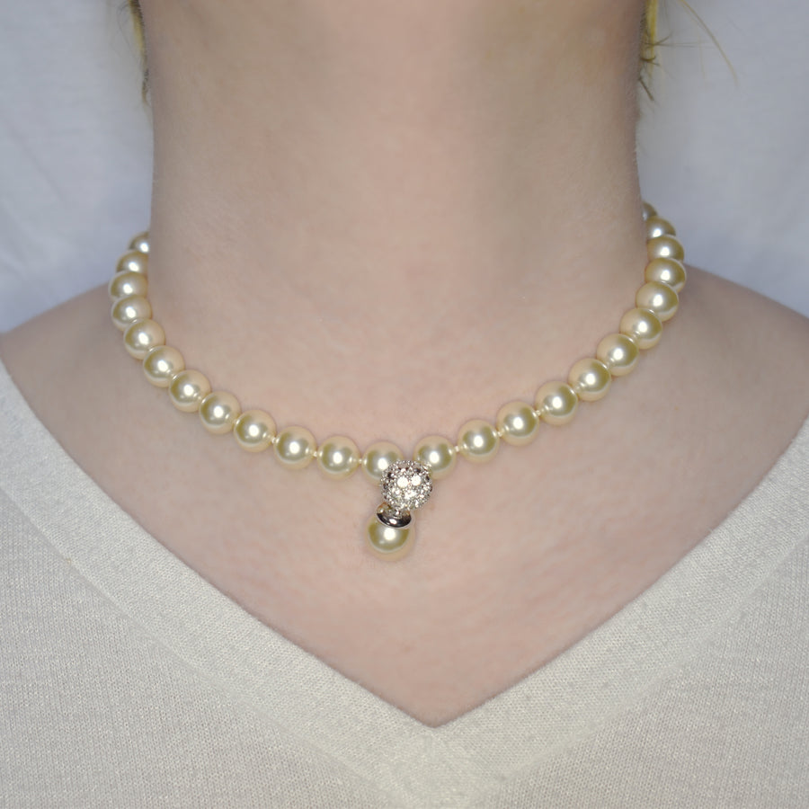 Mallorca Pearl Necklace | Single Strand | 10mm off-white pearls with gemstone pearl charm | 1 piece