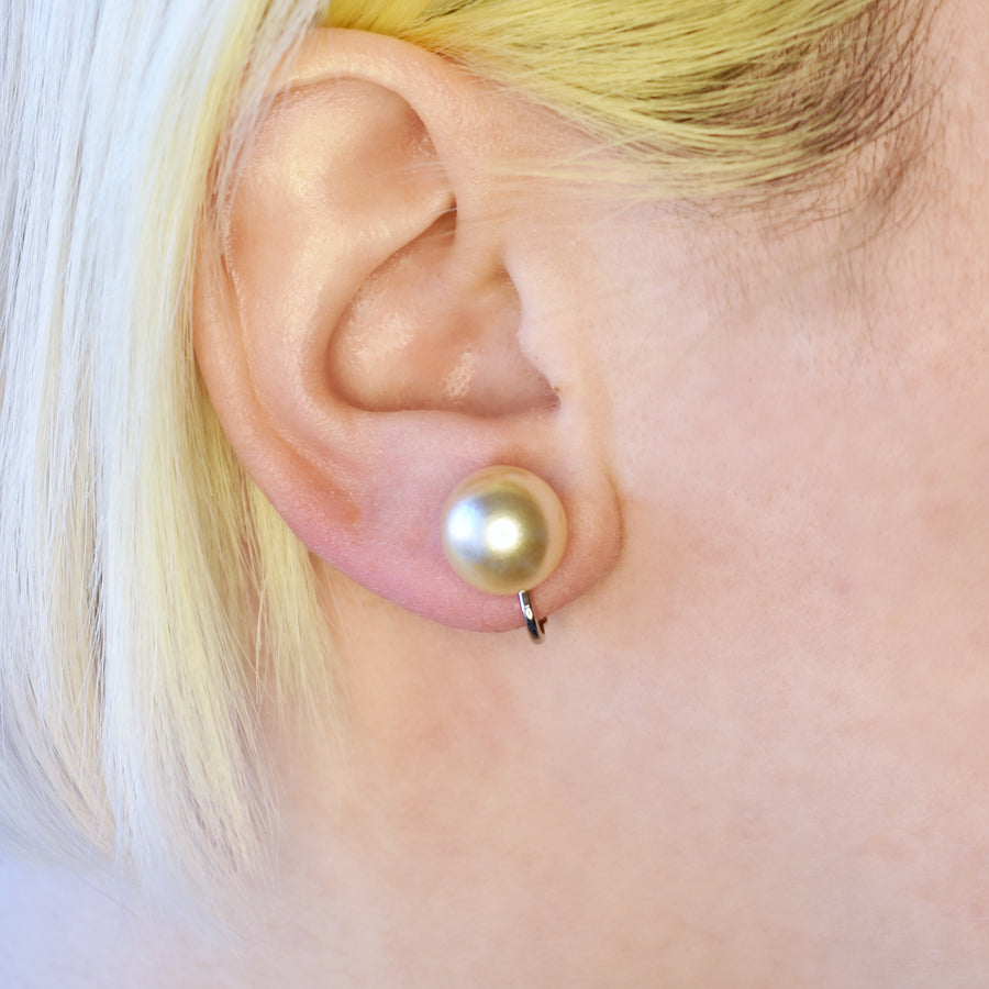 Mallorca Pearl Clip-on Earrings | 12mm off-white pearls | rhodium plated simple hinge closure | 1 Pair