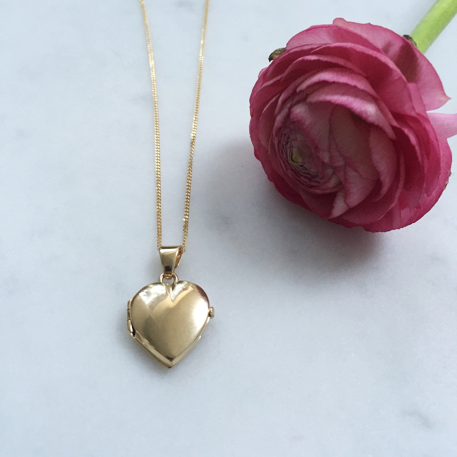 Mama's Gold Heart Locket