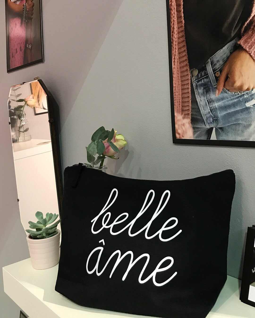 Belle Âme Large Pouch Bag