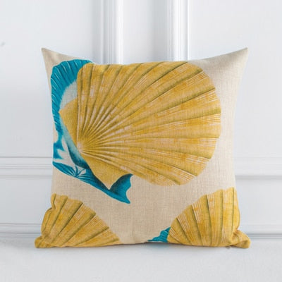 Pillow cover: Blue-Yellow Underwater Life