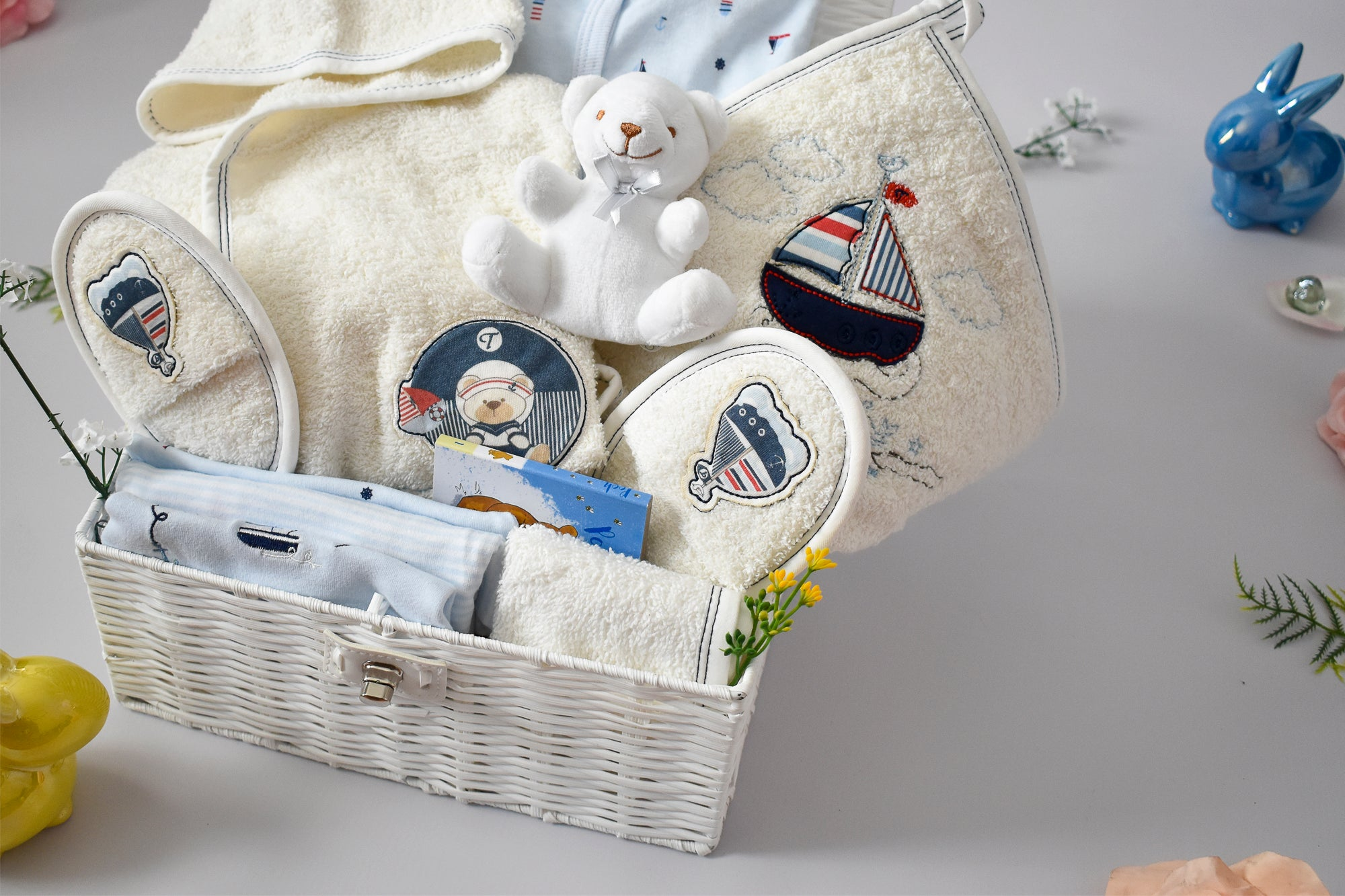 SNUGGLY LIGHTHOUSE and BOATS Towel Set Baby Hamper