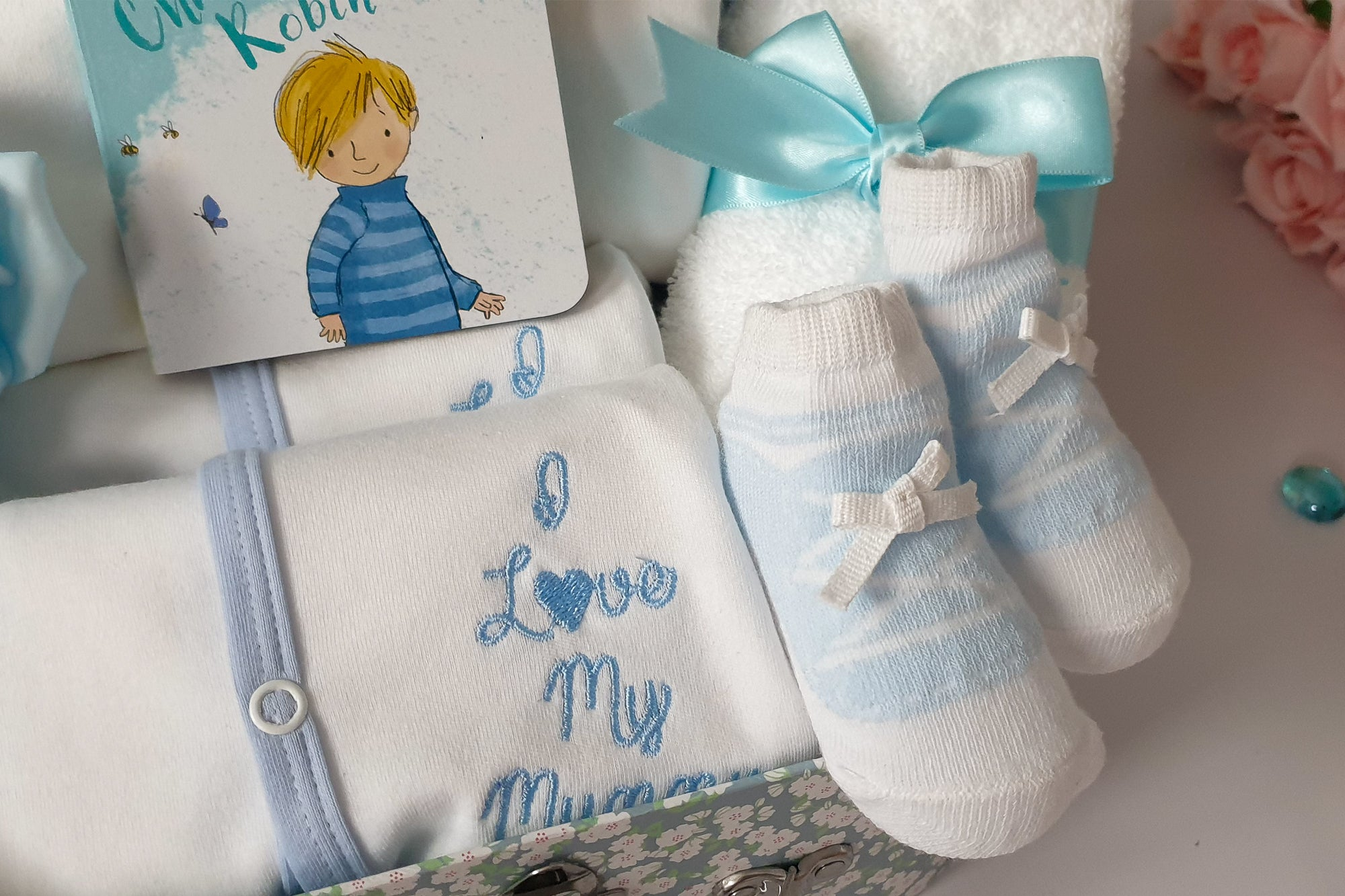 "CONGRATULATIONS ""I Love My Mummy & Daddy"" Baby Hamper, Sleepsuit, Bodysuit, Comforter, Baby Boy Gift Hamper, Keepsake Gift Box, New Mum Hamper"