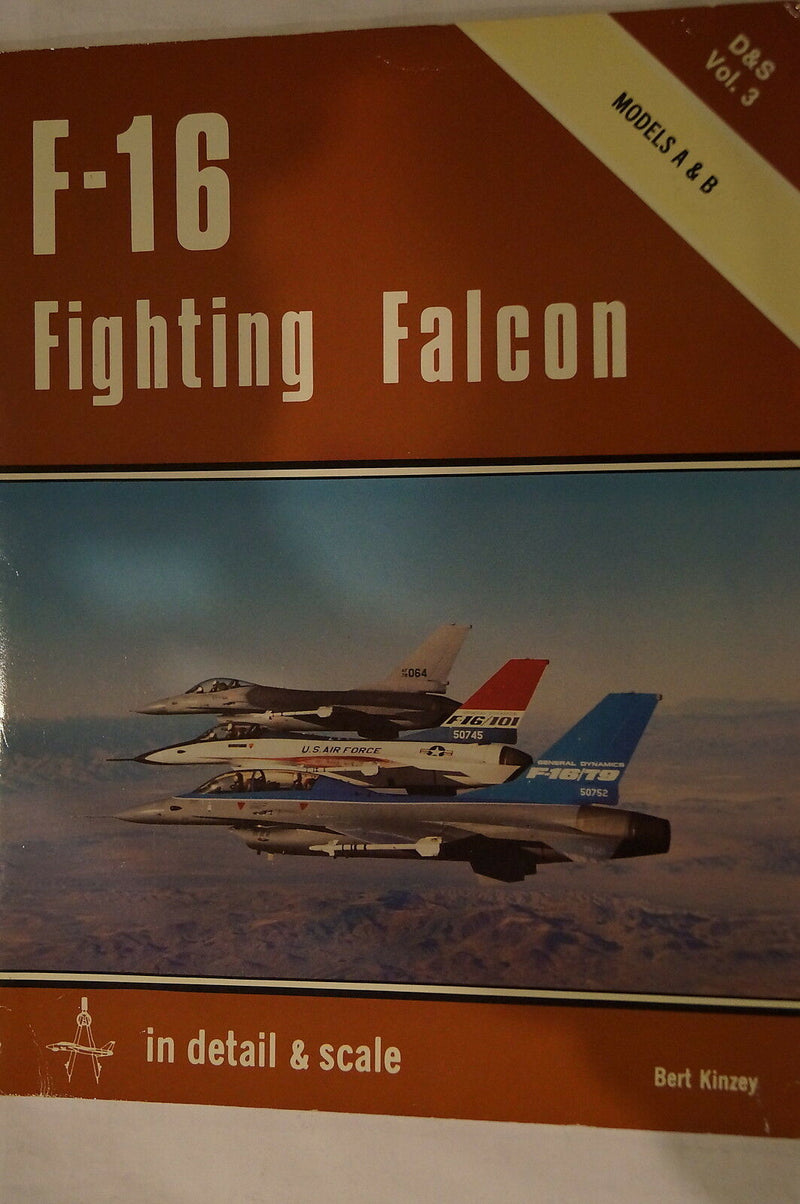USAF F-16 Fighting Falcon in Detail Scale Reference Book