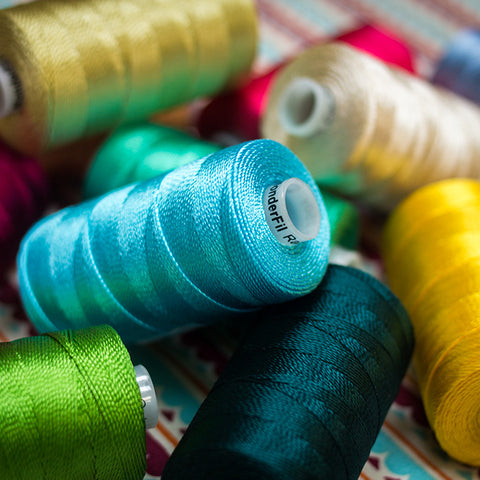 Wonderfil Razzle™ 6ply Rayon Thread