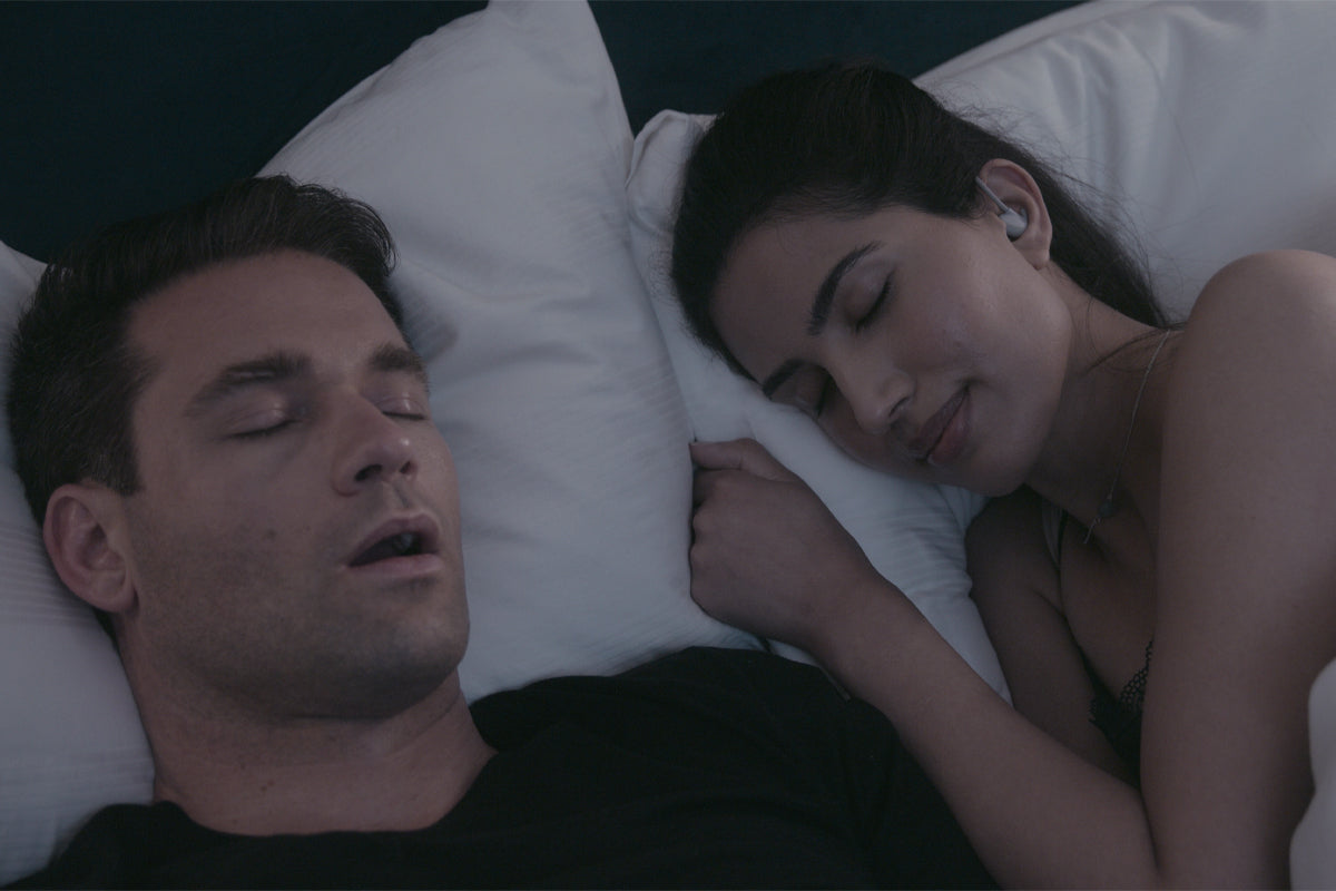 sleep with a snorer with nightbuds